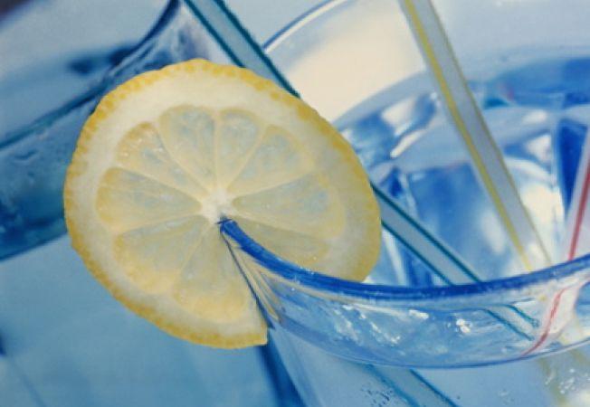 faceți o băutură de slăbit acasă)
