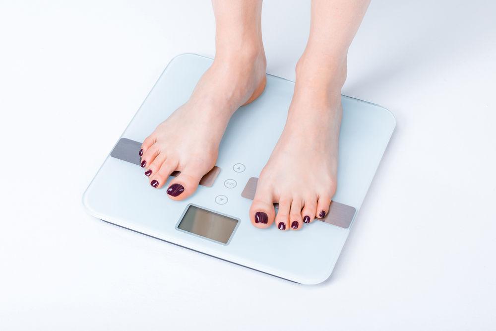 stând în picioare pierde în greutate
