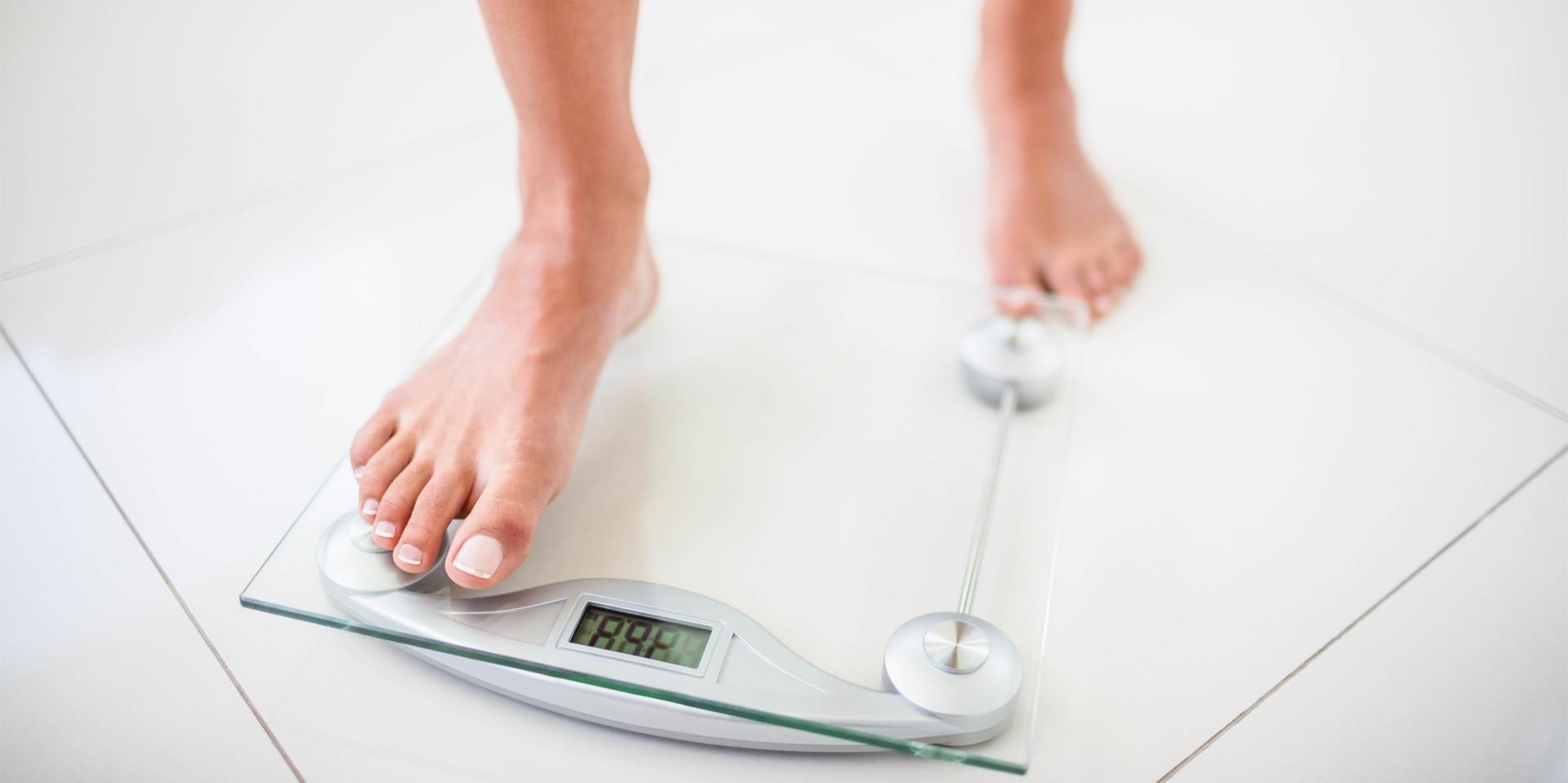 referință la pierderea în greutate)