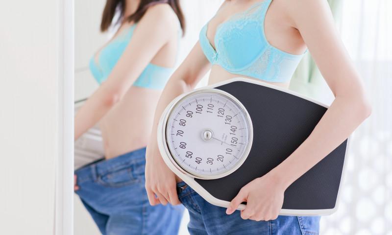 cât de pierdere în greutate într-o lună