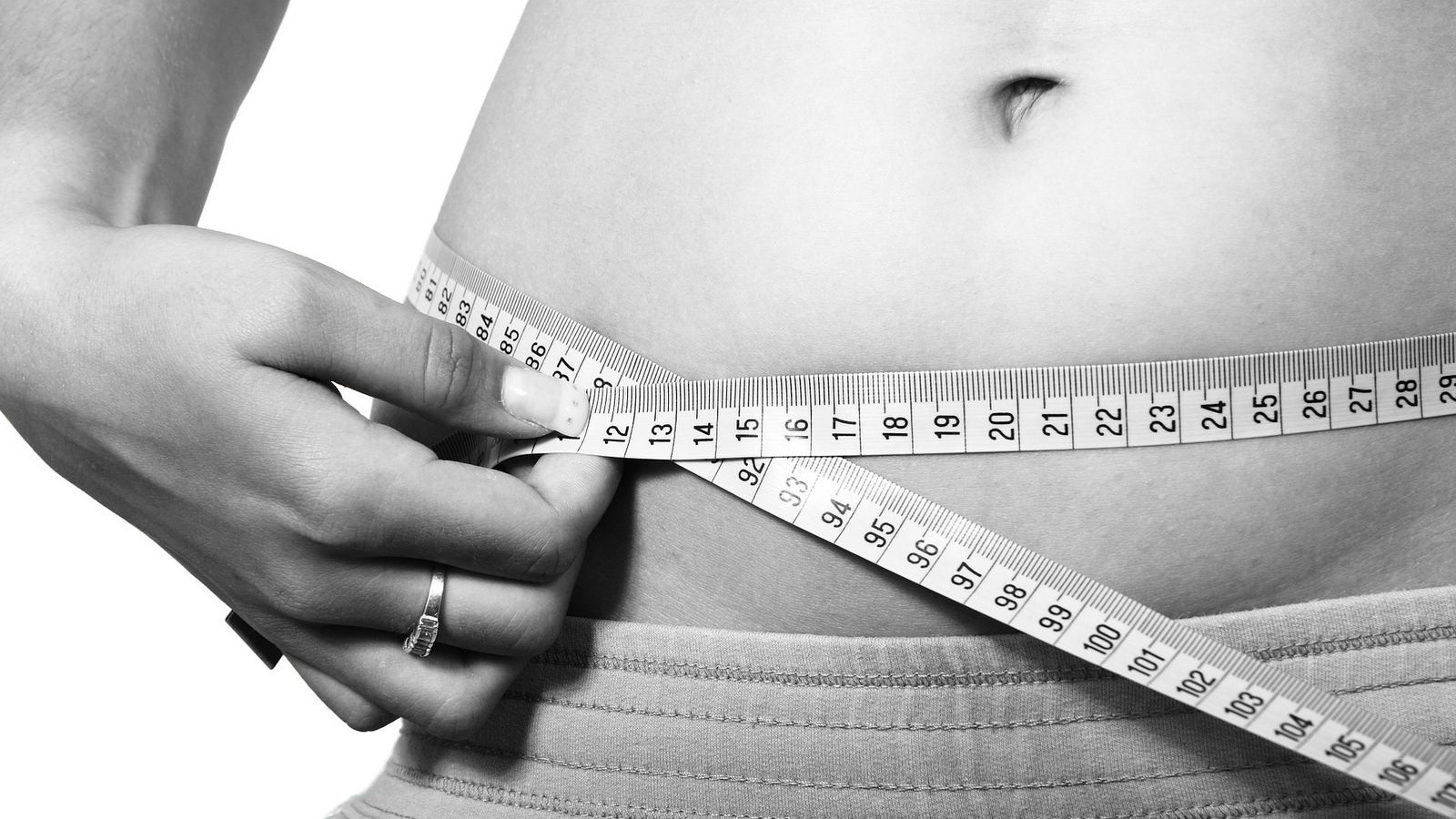 cineva poate pierde centimetri, dar nu greutate