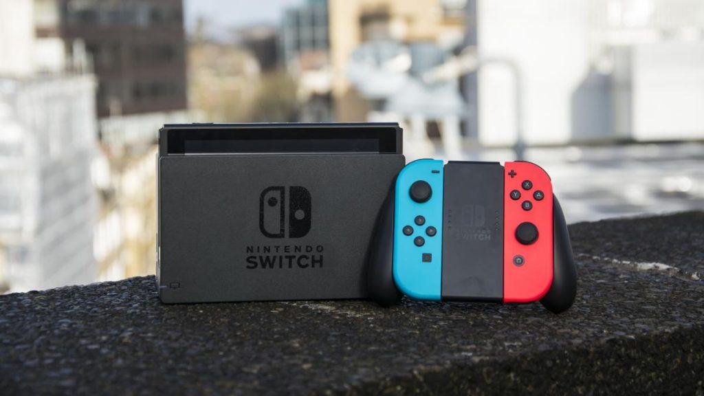 Comutatorul Nintendo pierde în greutate