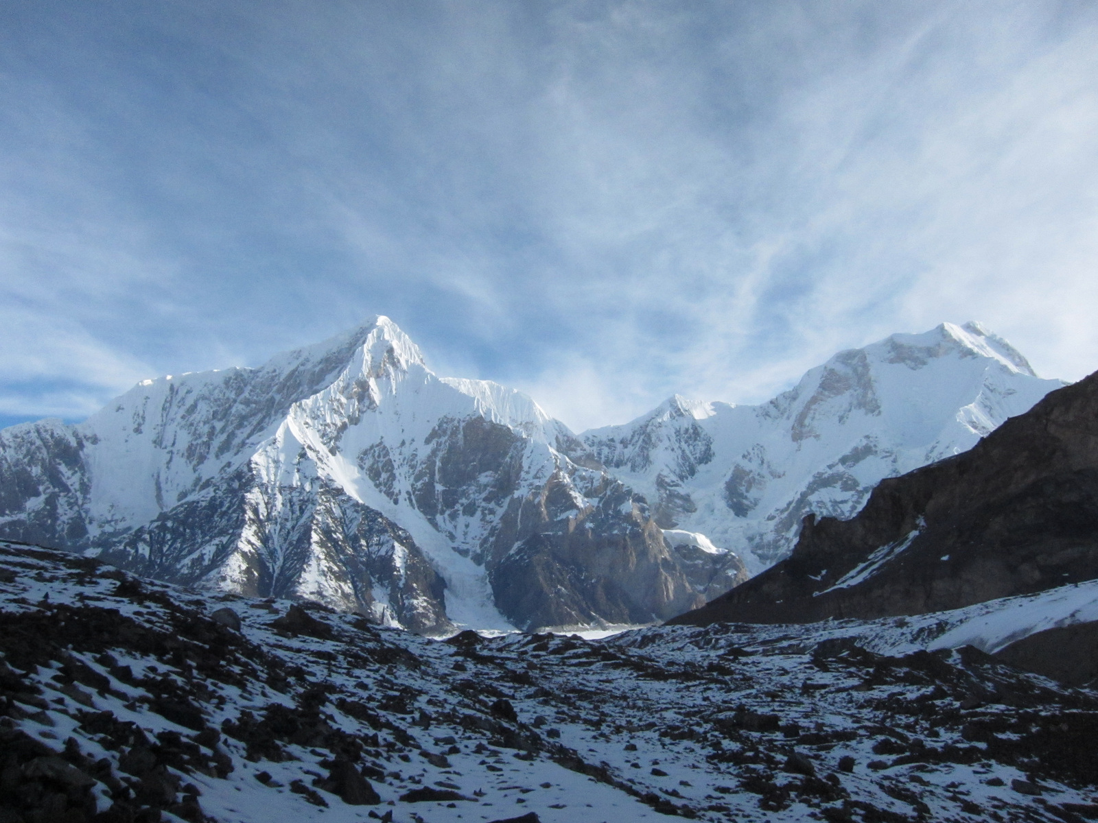 Munku sardyk alpinism. Munku-sardyk - o drumeție tradițională pentru sărbătorile de mai