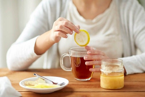 ceaiul fierbinte ajută la pierderea în greutate