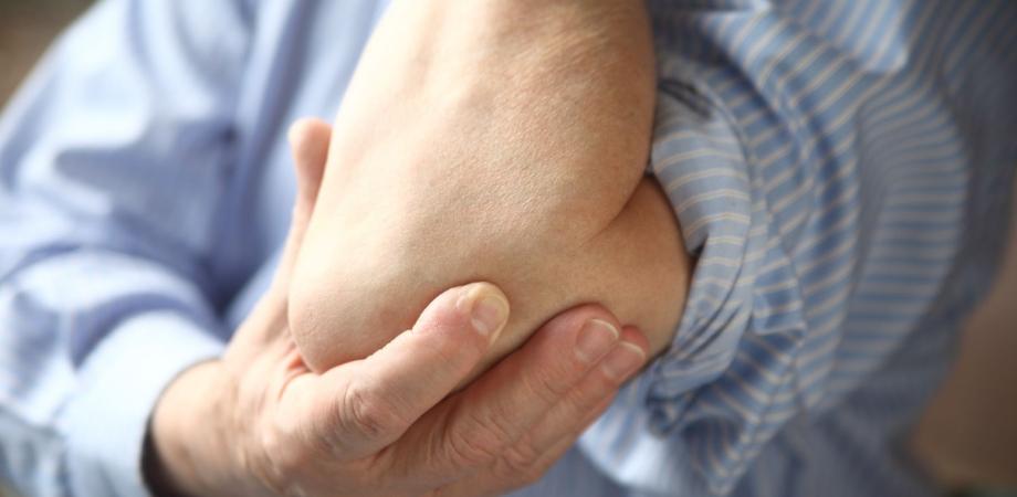 pierderea in greutate a nervului ulnar