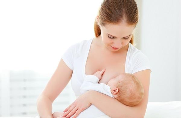 cum poate mama care alăptează să slăbească