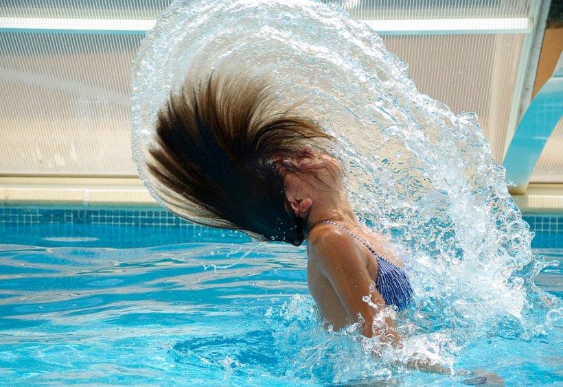 cum să slăbești în piscină)