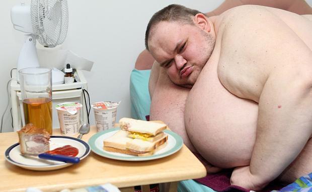 scădere în greutate la bărbat în vârstă de 75 de ani