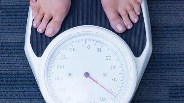 simptome pierdere în greutate și slăbiciune
